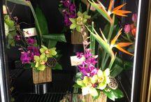 CUSTOM ARRANGEMENTS / Custom floral arrangements