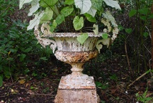 Beautiful urns / by Sharon