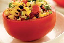Tomates / Sauces, salades, pâtes, pizzas, salsas… Les tomates s'invitent dans une multitude de plats. En voici quelques-uns, pour tirer profit des arrivages dans les marchés! / by Magazine Châtelaine