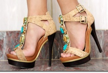 Shoes, oh so pretty Shoes / by Meredith McFarland