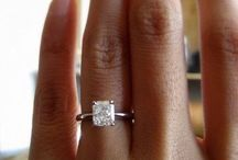 JELWERY and ENGAGEMENT RINGS!!! / by Shelby Johnson