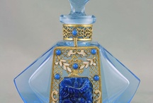 Perfume Bottles:from ART N-D-V-A-T...etc / http://www.lj24magazine.com/article/article_000060/1.aspx History of Estate Jewelry 1\\ Georgian Period (1714-1830) 2\\ Victorian period (1835-1901) Romantic Period (1837-1860) Grand Period (1860-1885) Aesthetic Period (1885-1901) 3\\ Art Nouveau Period (1885-1915) 4\\ Edwardian Period (1901-1910) 5\\ Art Deco Period (1920-1940) 6\\ Retro or Art Modern Period (1941-1955) ____Georgian Era or Regency 1714-1830 Before the Industrial Revolution