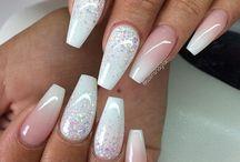 Bröllops naglar