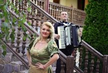 Muzica Pentru Evenimente - Formatia Simona Tone / Revino La Traditie Cu Formatia Simona Tone  www.simonatone.ro