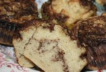 GF/DF-Bread, Breakfast, Granola and Bars / by Amy Krawic