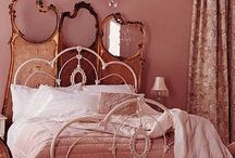 Court new bedroom / by Melanie Attwell