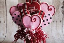 Valentines / Valentines cookie designs by Frosted Fine Confections http://www.facebook.com/frostedfineconfections