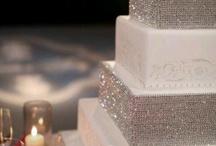 Wedding Cakes / by Chrissy2182