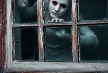 gothic/creepy/dark