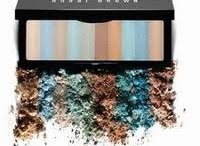 Love Bobbi Brown Makeup / by Nata Marchese
