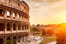 """Roma / Conocida como la """"Ciudad Eterna"""", sus monumentos y los restos de imponentes edificios hacen que un paseo por sus calles se convierta en un viaje en el tiempo hasta la época de su máximo esplendor."""