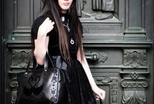 Subculture: Lolita: Kuro