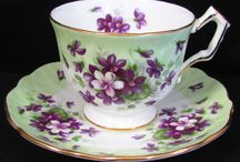 Vintage Aynsley China - JJAntiques / Always classy and so pretty.  Pin your favorites here. Please be kind only relevant pins. ***No LImit***