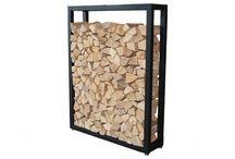 Gemütliches Wohnzimmer | HARK / HARK Kamine schaffen in Deinem Zuhause eine Wohlfühl-Atmosphäre und sorgen für Gemütlichkeit. Mit welchen aktuellen Einrichtungs-Trends sich unsere Kamine optimal ergänzen, zeigen wir euch auf dieser Pinnwand.