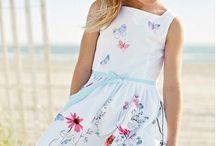 Jurkjes / Shop online voor de goedkoopste jurken en rokjes op kidskraam.nl. Gratis verzending.