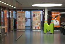 Exposicions / Mostra en imatges de les exposicions que s'ha fet a la Biblioteca Joan Coromines