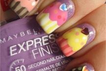 nails / by Brooklyn Bailey
