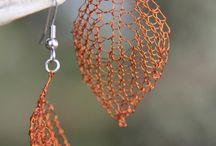 Wire Knit and Crochet Jewelry / Knitting and crocheting with wire