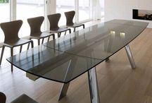 Antonello Italia / Итальянская фабрика ANTONELLO ITALIA была основана более 40 лет назад в живописном городе Сан-Бонифачо неподалёку от знаменитой Вероны. Благодаря своему обширному опыту в производстве мебели, понимании всех тонкостей свойств материалов и неподдельному интересу к инновациям в своей сфере компания смогла завоевать лидирующие позиции на международном рынке и закрепила за собой репутацию новаторского и экспериментаторского бренда.