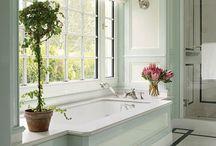 Bathroom / by Lydia Bouck