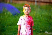 POLVOS HOLI CON NIÑOS / Los polvos holi son perfectos para los niños, ya que se trata de un producto muy divertido y, lo más importante, seguro y natural.