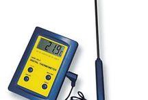 Termometri / Termometri per misurare con estrema semplicità e facilità la temperatura di qualsiasi oggetto,liquido,aria o gas