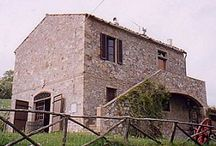 La Fattoria Manciano, Grosseto / holiday rental / Typical Tuscan country house in a beautiful hilly location 5 people, 2 bedrooms, 1 bathroom This country house is located alone in the heart of.