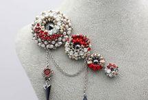 Broschen, Bead Embroidery