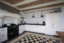 Berg keukens & interieur