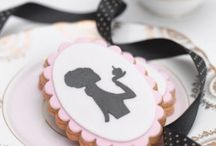 Iced biscuits - silhouettes and cameos