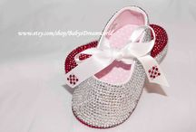 Baby's fashion / If you would like to see more similar beautiful baby shoes, click the link: http://www.etsy.com/shop/BabysDreamworld