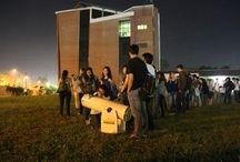 Superluna atrajo a cientos de personas a la FIUNA / Cientos de personas pudieron apreciar la Superluna  con todos sus detalles, gracias a la jornada de observación que se realizó en el predio de la Facultad de Ingeniería de la Universidad Nacional de Asunción (FIUNA), donde el Club de Astrofísica del Paraguay instaló sus telescopios  para facilitar a la gente una mejor apreciación del fenómeno astronómico que deslumbró a todo el mundo, el pasado sábado 29 de agosto.