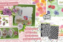 CraftEmotions Botanical Summer Collection / A collection matching products for cardmaking, mixed media and more. Available products: decorated paperstack, clearstamps, masks, wooden ornaments