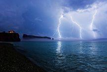 i am scared of lightning!!!! GAHHHH!!! / by Barb Dymitrowicz