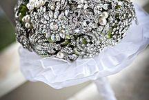 Wedding Ideas / by Vanessa Lira-Kubicz