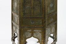 Al-Andalus. Mobiliario / Mobiliario de al-Andalus. Al-Andalus-Andalusí-Medieval-Emiral-Califal-Taifa-Almorávide-Almohade-Nazarí