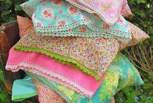 Fabrics - Quilts - Sewing / by Chic Chaos