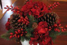 Christmas flower arrangements / Christmas