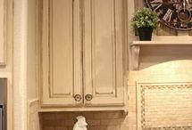 Kitchen Decor / Staging