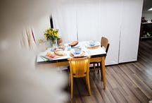 chez vous, chez nous / le temps d'un déjeuner, d'un verre ou d'un goûter, nous s'assied à la table de gens comme vous et partage votre goût pour la déco, la vaisselle et... la cuisine bien sûr !
