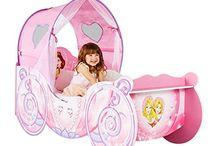 Prinzessin betten / Prinzessin Betten gibt es viele. Finde hier schöne Kinderbett Ideen und Fotos. Mehr auf: https://www.prinzessin-bett.de/