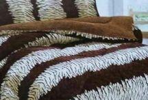 Cobertor 2.20 x 2.40cm Com Almofadas Fundas de 50 x 70cm Exclusivo! Frete Gratis / Compre já: http://lillyslouge.com/produto/cobertor-2-20-x-2-40cm-com-almofadas-fundas-de-50-x-70cm-exclusivo/