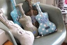 Coussin guitare