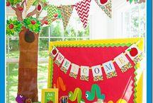 Bulletin Boards/Classroom Decor / by Rebeca Gambino