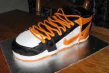 Basketball shoe cake / Nike basketball cake