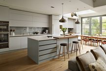 Open Plan Kitchen-Living Spaces / Create a seamless link between your kitchen and living areas with the perfect open plan kitchen-living space.