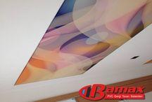 Dijital Baskı Gergi Tavan / Dijital baskı gergi tavan sistemi, ışıklı doku gergi tavan kumaşına Dijital baskı tekniği ile UV baskı tekniği ile baskı yapılarak uygulanmaktadır. UV baskı tekniği hem uzun zaman solmayan bir baskı sunar hemde kesinlikle boya çıkmaz. Uv baskı ile yapılan dijital baskı gergi tavan sistemi uzun yıllar solmadan tavanınızda canlılığını korur ve içinde herhangi bir bakteri bulundurmaz.