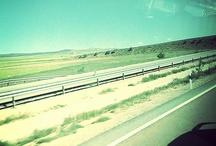 On the road / De viaje