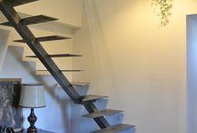 escalier métal brut