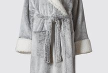 Nightwear Robes for Women / Whether it's long, short, or sexy nightwear you're looking for, you'll find a wide assortment of women's nightwear robes here!